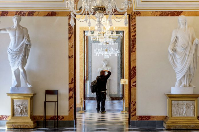 The Royal Palace of La Granja, the 'most beautiful' room in Spain