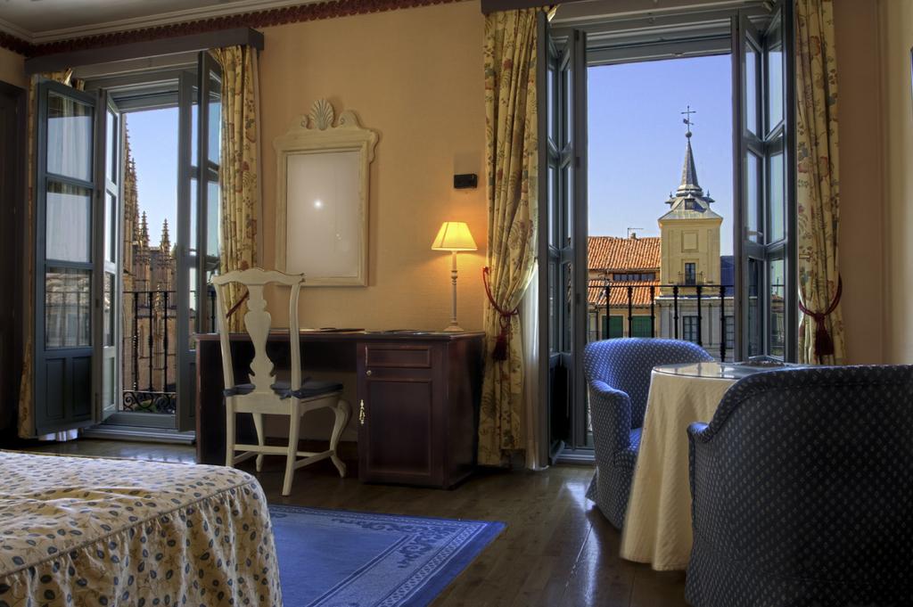 Hôtel Infanta Isabel 1