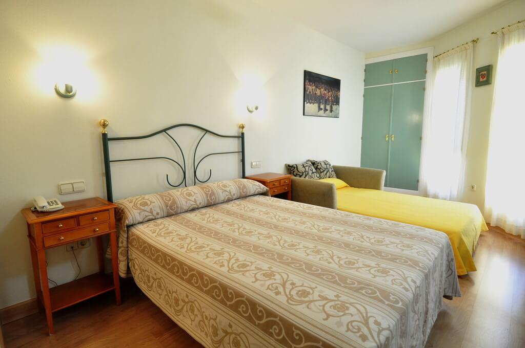 Hôtel Apartamentos ARALSO Sotillo 03