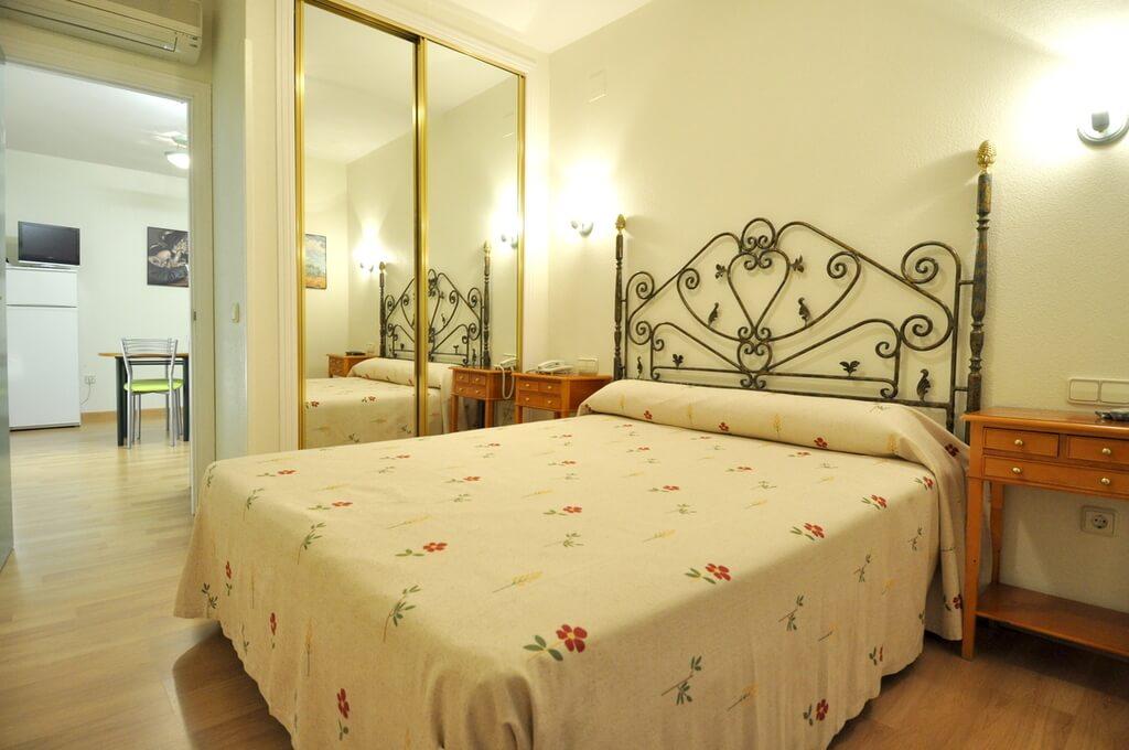 Hôtel Apartamentos ARALSO Sotillo 04