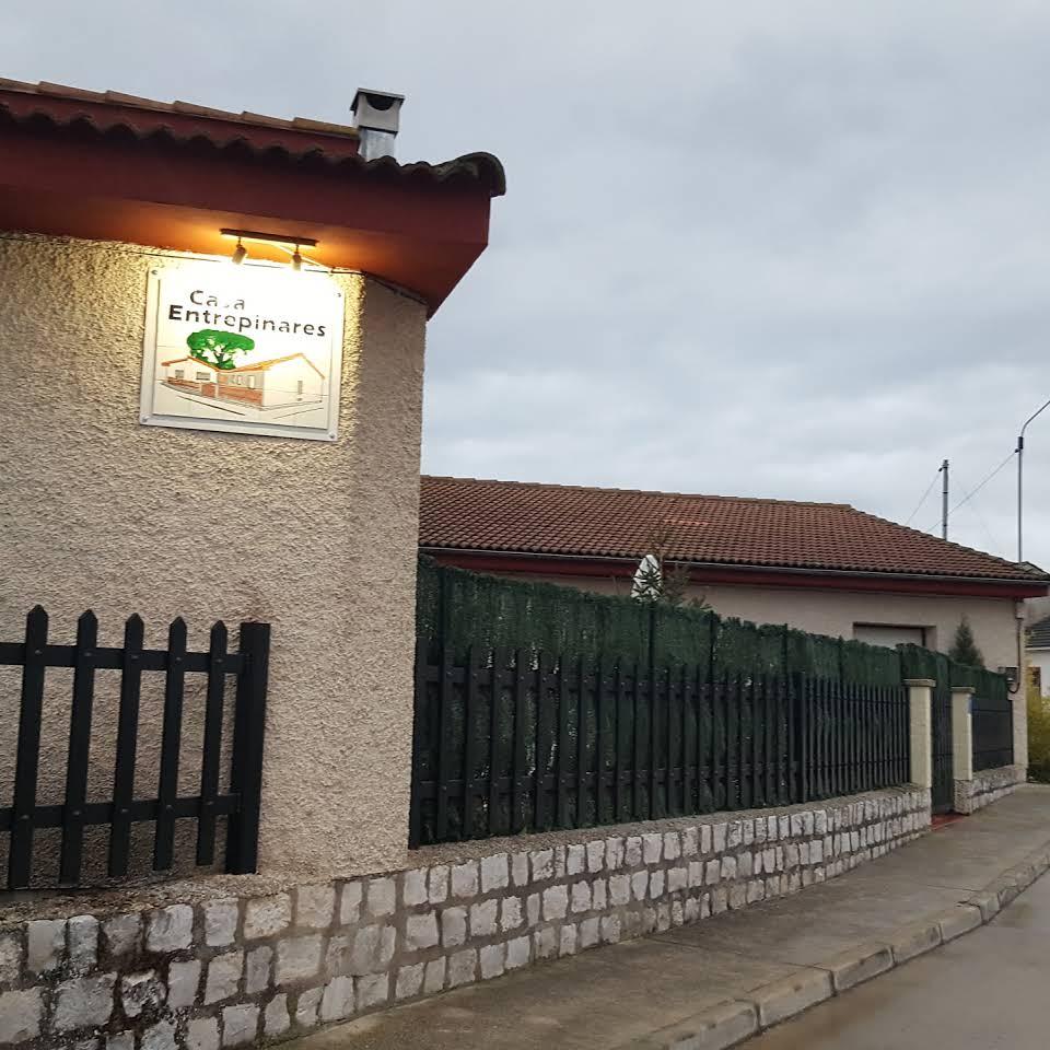 2 entrepinares farmhouse
