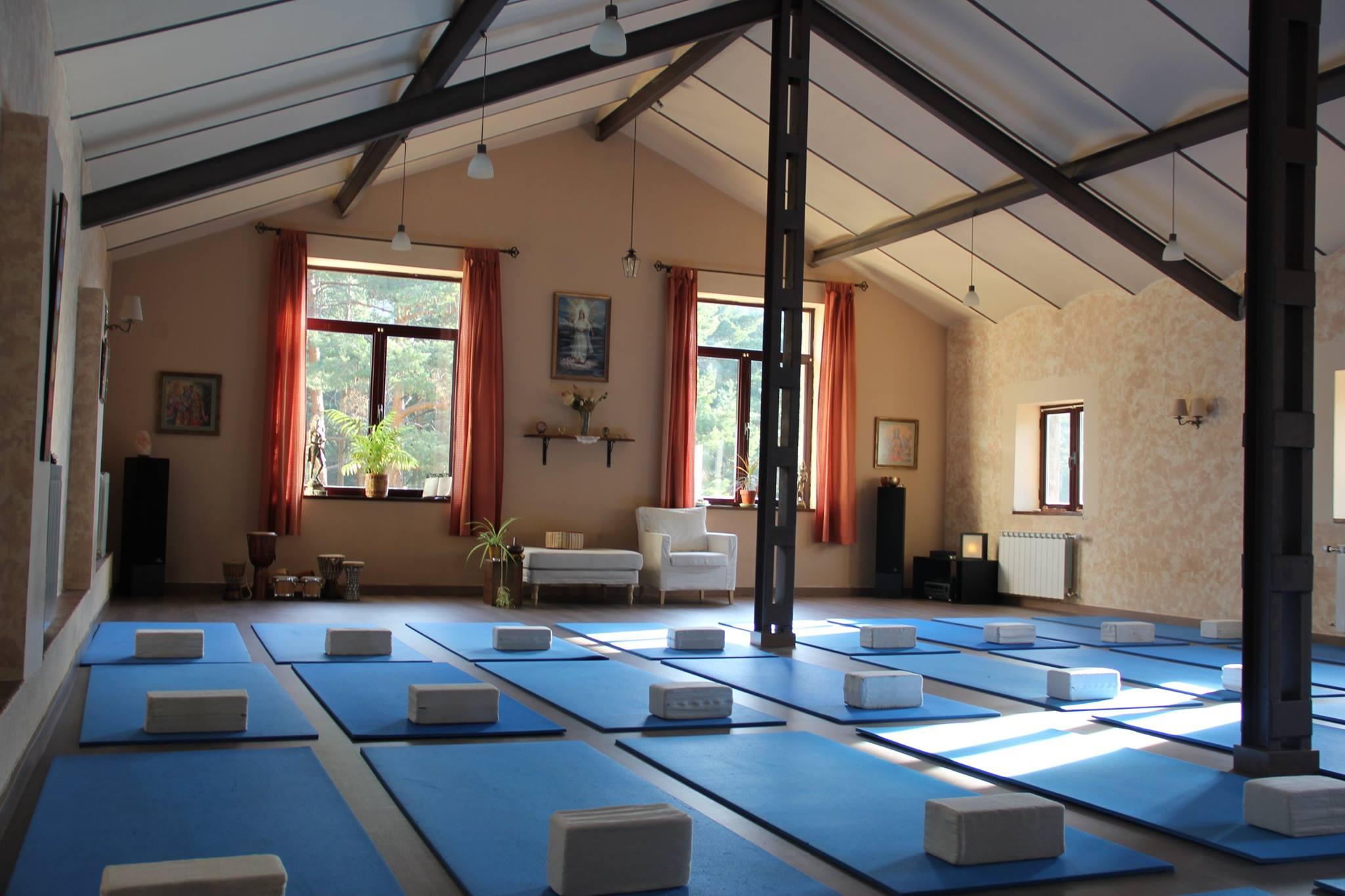 centre yoga2