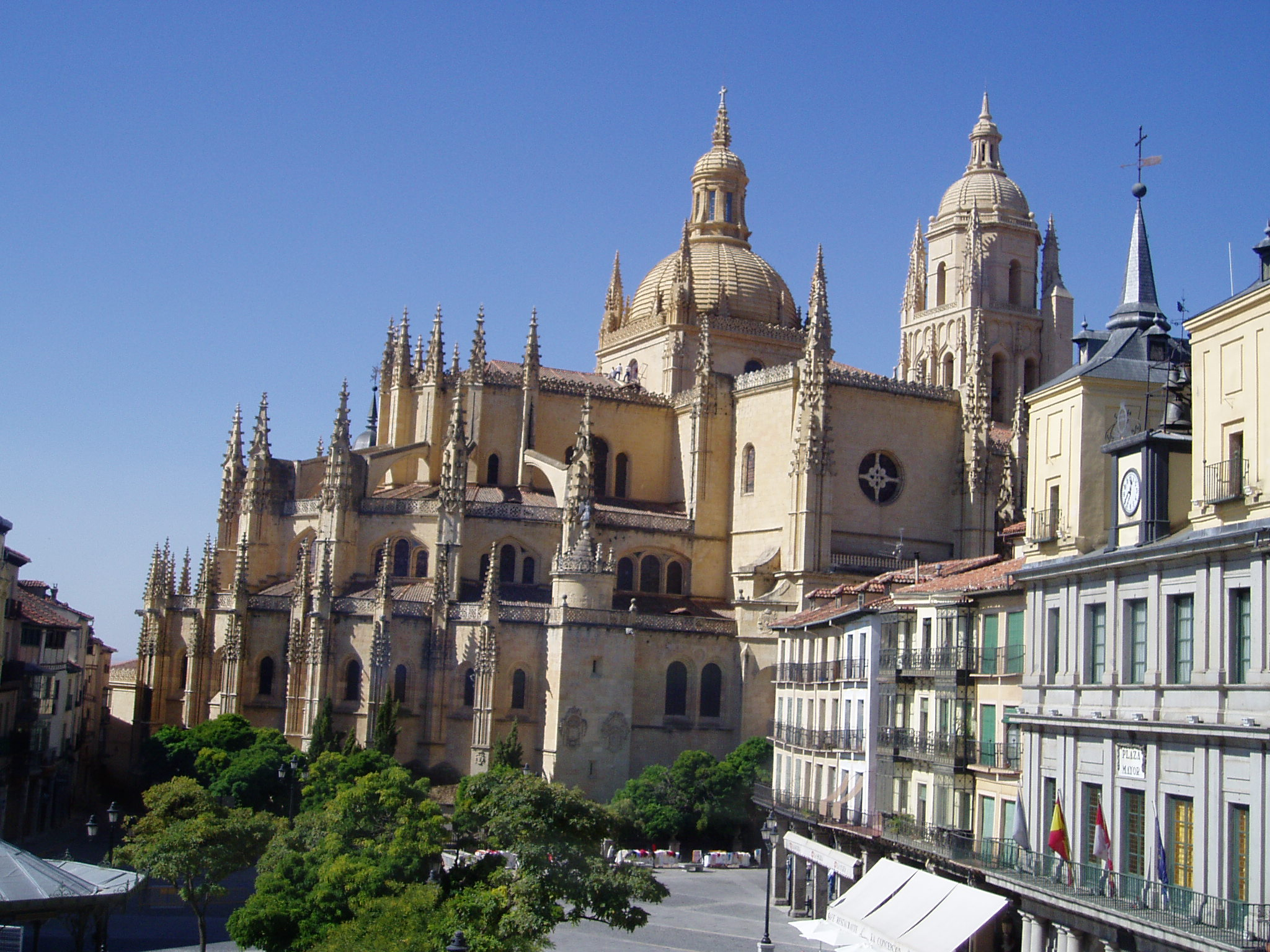 Looking to the future in the Cathedral of Segovia