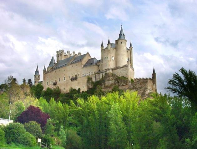 Segovia Tourism takes stock of its business areas