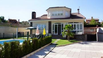 360x203 house