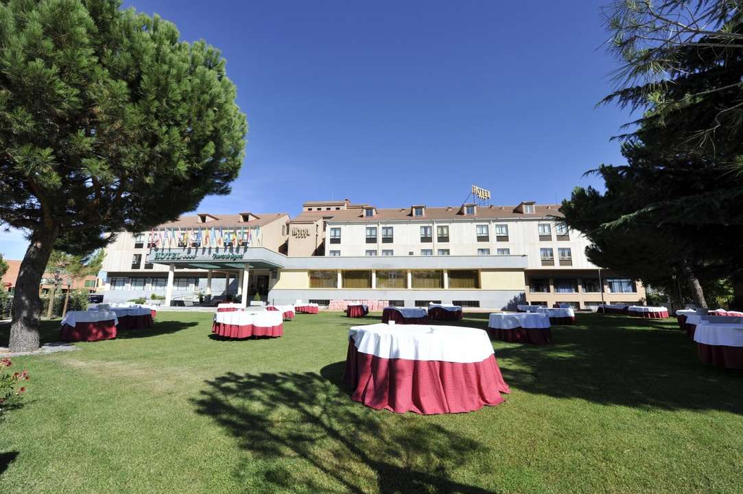 Hotel Puerta de Segovia (La Lastrilla)
