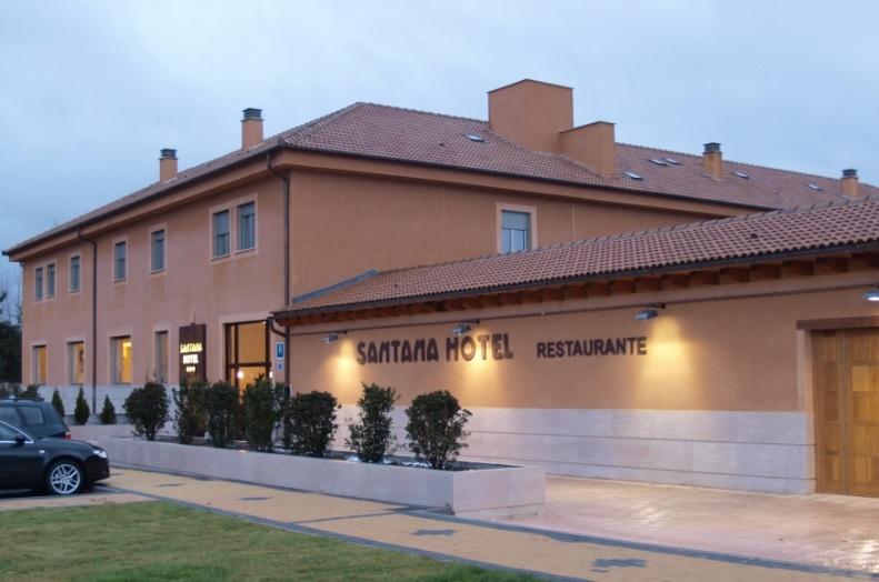 Santana Hotel (Robledo Park)