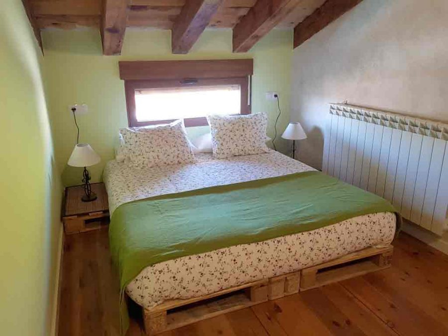 room three 900x675